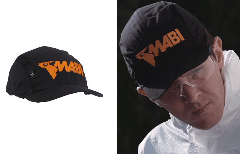 Bump cap with short visor