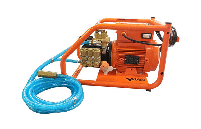 pump injecion and spraying wood treatment